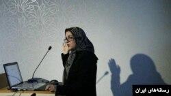 خانم «میمنت حسینی چاووشی» در استرالیا استاد دانشگاه است.