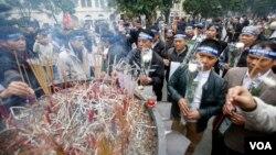 지난 1월 베트남 하노이 시에서 시위대가 중국의 남중국해 점령 행위에 항의하고 있다. (자료사진)