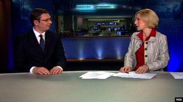 Aleksandar Vučić u razgovoru sa Aleksandrom Živković, Otvoreni studio Glasa Amerike, 7. decembar 2012.