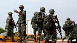 Les troupes africaines de la Minusca à Bangui le 5 décembre 2013.