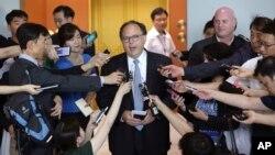 Ông Sydney Seiler, đặc sứ Hoa Kỳ đặc trách các cuộc đàm phán 6 bên về chương trình hạt nhân gây nhiều tranh cãi của Bắc Triều Tiên nói với giới truyền thông sau cuộc gặp với các quan chức cấp cao của Nam Triều Tiên tại Bộ Ngoại giao ở Seoul ngày 27/7/2015.