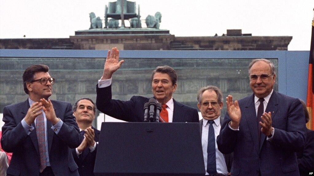 30 vjet nga rënia e Murit të Berlinit