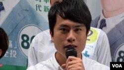 香港民主黨立法會超級區議會候選人鄺俊宇 (美國之音 湯惠芸拍攝)