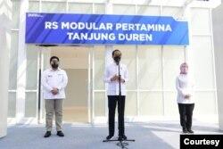Presiden Jokowi pada Jumat (6/8) mengklaim kasus Corona di Jawa dan Bali sudah mulai menurun (biro Setpres).