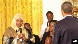 Obama oo La Kulmay Dhalinyaro Afrikaan ah