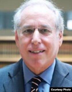 纽约律师罗伯特.鲍姆(Robert M Baum提供)