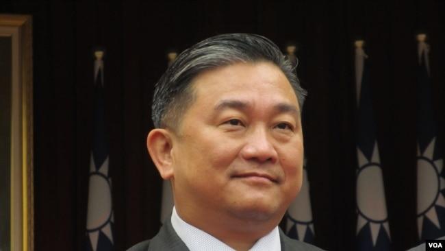 台湾执政党民进党立委王定宇(美国之音张永泰2020年11月24日拍摄)