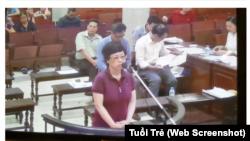 Cựu đại biểu Quốc hội Châu Thị Thu Nga bị tòa án Hà Nội tuyên án tù chung thân vì về tội lừa đảo chiếm đoạt tài sản.
