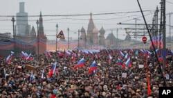 2015年3月1日俄罗斯纪念反对派领导人鲍里斯·涅姆佐夫被枪杀