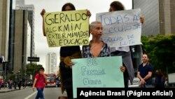 Protesto de estudantes contra reorganização escolar