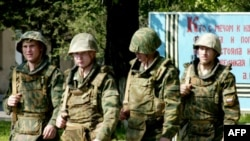Более 200 тысяч россиян пытаются уклониться от военной службы