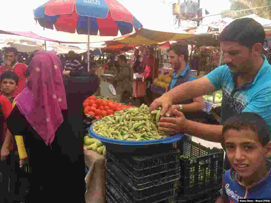 Bazarê keskatiyê li Taxa Zehra bajarê Mûsil