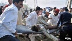 Serangan bunuh diri di Lahore tewaskan sedikitnya 13 orang.