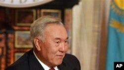تقاضای نظربایف به برپایی زودتر انتخابات ریاست جمهوری