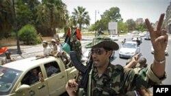 Ливийские повстанцы в Бенгази. 22 июля 2011 года