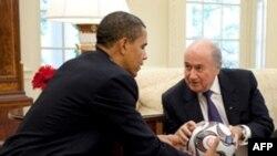 Năm ngoái FIFA lời hơn 196 triệu
