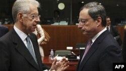 Italijanski premijer Mario Monti i predsednik Evropske centralne banke Mario Dragi