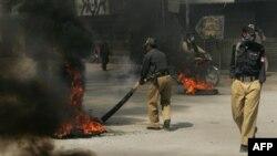 პაკისტანში სამგზავრო ავტობუსზე თავდასხმა მოხდა