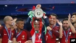 تیم ملی فوتبال پرتغال با شکست فرانسه، قهرمان جام ملت های ۲۰۱۶ اروپا شد