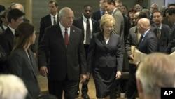 """Scena iz filma """"Vice"""" o bivšem potpredsedniku SAD Diku Čejniju."""