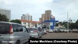 Filas congestionam ruas de Maputo