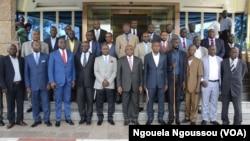 La commission mixte de l'accord de paix dans le Pool, au Congo-Brazzaville, le 17 janvier 2018. (VOA/Ngouela Ngoussou)