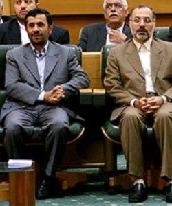دادستان ایران می گوید محمد جهرمی وزیر سابق کار و رییس معزول بانک صادرات از جمله متهمان اختلاس است