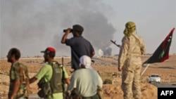 Ливийские повстанцы атакуют Бани-Валид