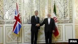 دیدار ظریف و هاموند وزرای خارجه ایران و بریتانیا در تهران یکم شهریور ۹۴