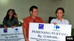 Acara penyerahan penghargaan yang berlangsung di Jakarta Media Center (JMC) Jakarta Pusat, Senin 20 Desember 2010.