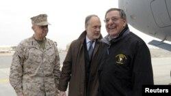 امریکی وزیردفاع لیون پنیٹا بدھ کو کابل پہنچے