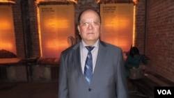 莫斯科布里亚特文化协会领导人杜加罗夫(美国之音白桦拍摄)