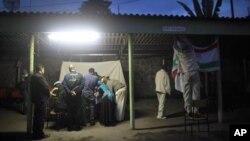 Pengamat Uni Eropa mengawasi pelaksanaan pemilu di Ethiopia lalu, yang dinilai banyak kecurangan (foto: dok).