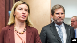 Arhiv - Federica Mogherini i Johannes Hahn