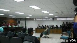 Mantan Kakorlantas Mabes Polri, Inspektur Jenderal Djoko Susilo, divonis 10 tahun penjara terkait korupsi dan pencucian uang proyek simulator SIM (VOA/Andylala).