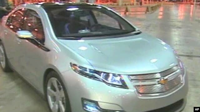 The new gasoline/electric hybrid Chevrolet Volt