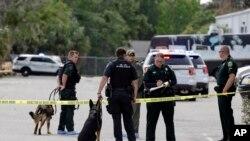 Las autoridades identificaron al autor del tiroteo como Robert Newmann Jr. de 45 años, un ex miembro del Ejército de EE.UU.