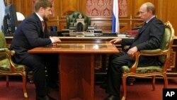 Рамзан Кадыров и Владимир Путин (архивное фото)