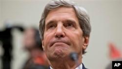 美国国务卿克里在国会就叙利亚化武攻击事件作证