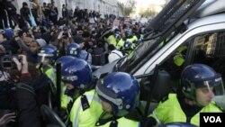 El Comité Organizador de las Olimpíadas de Londres está procurando la forma de resolver los problemas sobre seguridad.
