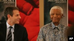 Richard Stengel, urednik časopisa TIME, u Nelsonu Mandeli otkrio je vođu, borca za slobodu i čovjeka