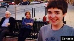 """El selfie que tomó el adolescente Tom White alcanzó más de 2.000 """"likes"""" en solo horas. [Foto: Cortesía, Twitter, Tom White]."""