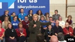 Hillary Clinton supporters at Berg Middle School in Newton IA. (Kane Farabaugh/VOA)