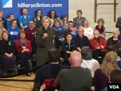 Hillary Clinton supporters at Berg Middle School in Newton, IA. (Kane Farabaugh/VOA)
