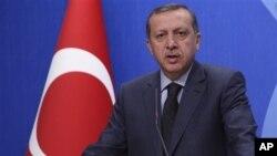 土耳其總理埃爾多安在記者會上講話(資料圖片)