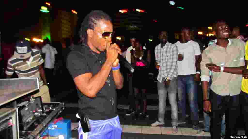 Entertainment at Team Tiki's 'Tiki 3G' event in the Silver Star Tower was a popular Ghanaian rapper, Edem. As usual, some of the proceeds went to charity. (Courtesy Team Tiki)