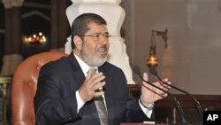 28일 기자회견장에서 모하메드 모르시 이집트 대통령 당선자.