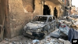 ساحهای در نزدیک دمشق در سال ۲۰۱۸ که گفته شده مورد حملۀ اسلحه کیمیایی قرار گرفته است
