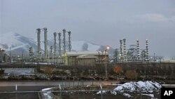 Արակ քաղաքի մոտակայքում գտնվող ծանր ջրի գործարան (արխիվային լուսանկար)