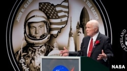 John Glenn, First Astronaut to Orbit the Earth, Dies at 95